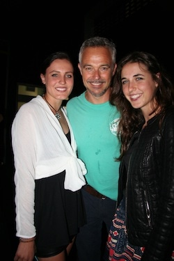 Photo op with Legally Blonde's Cameron Daddo - Samantha Herbert (L) and Tori Herbert