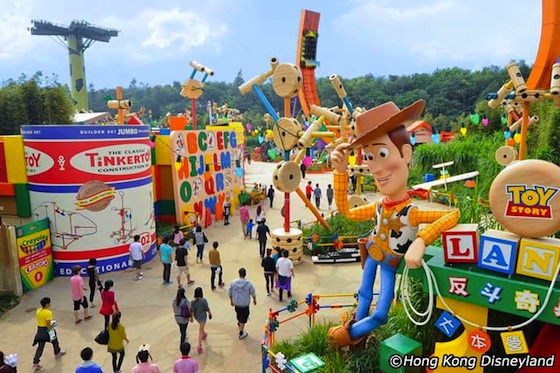 hong-kong-disneyland-magic-tour-03