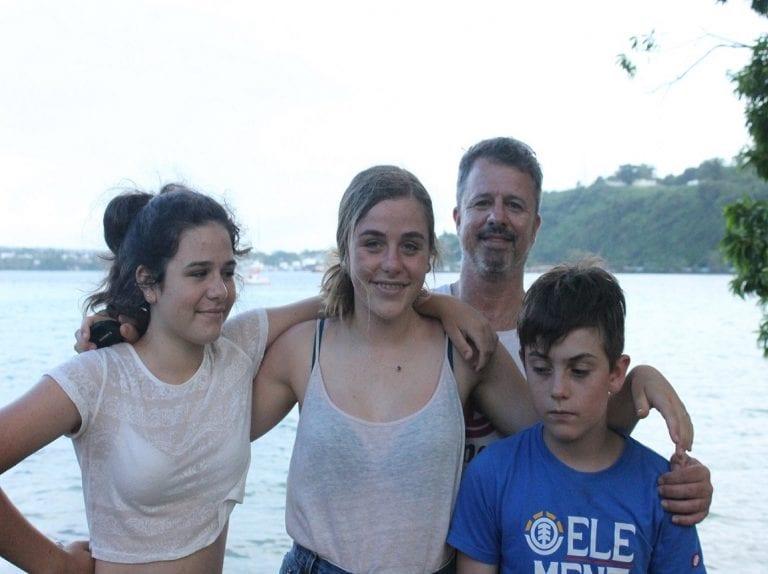 Family in Vanuatu oawk