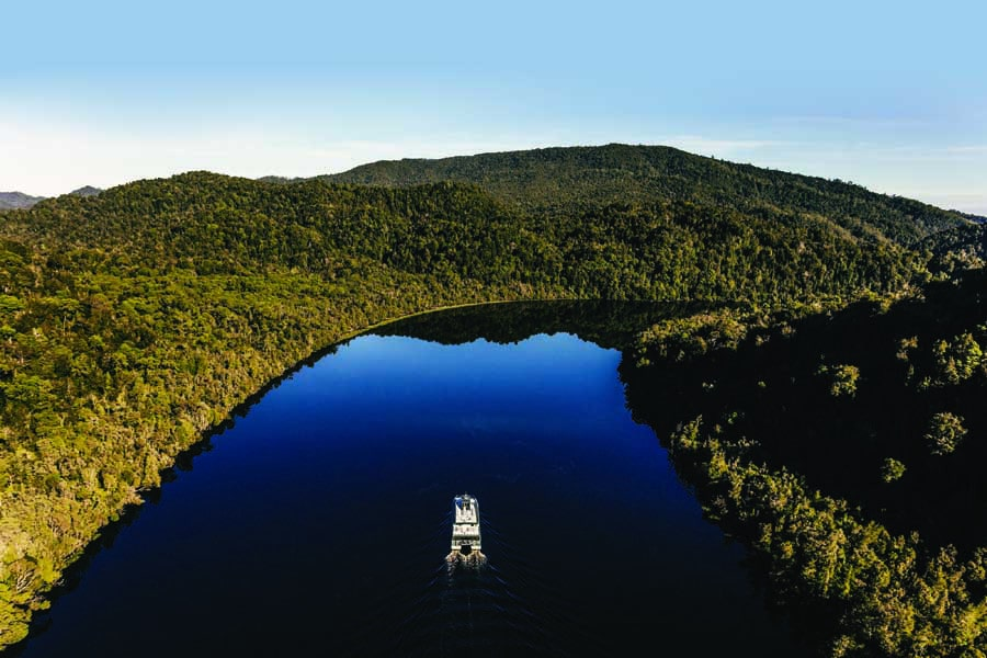 gordon river cruises. image ract destinations