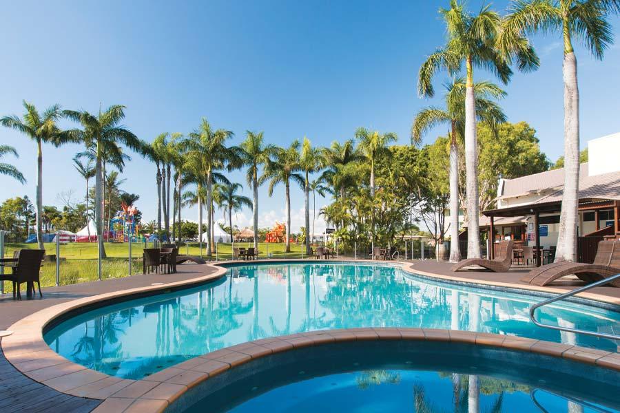 pool at oaks sunshine coast oasis resort