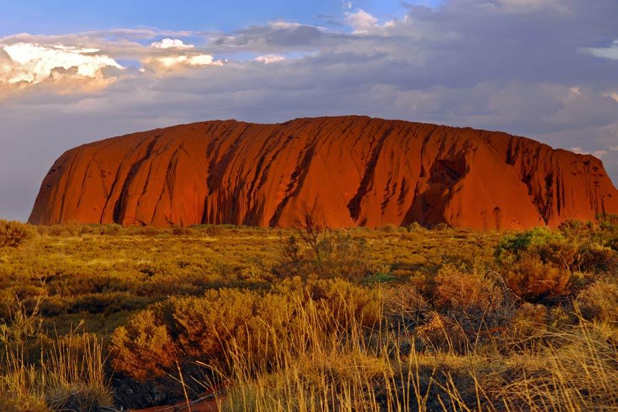 uluru kata tjuta national park northern territory image tourism australia nt tourism