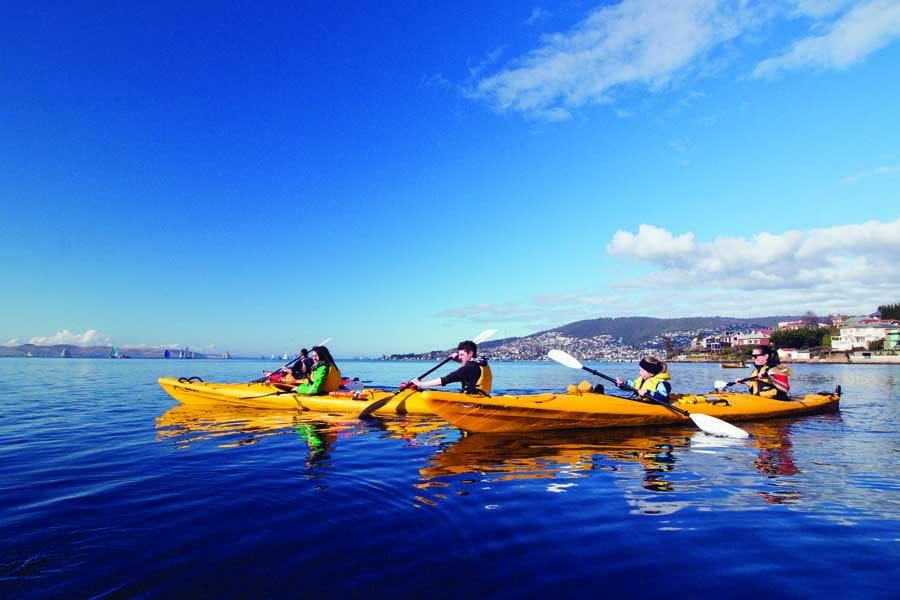 go kayaking in hobart with roaring 40s