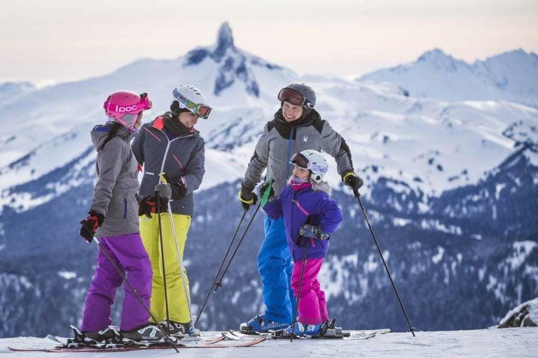 virtual snow show family skiing
