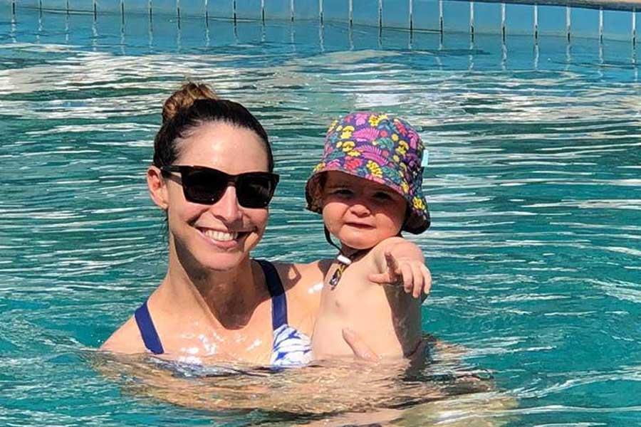 giaan and alexa in the pool in bali