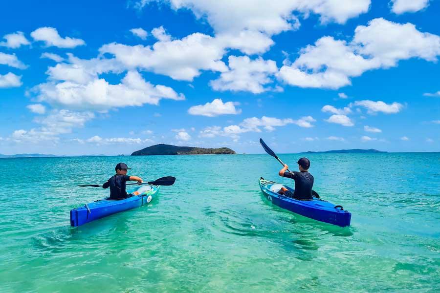 kayaking on great keppel island