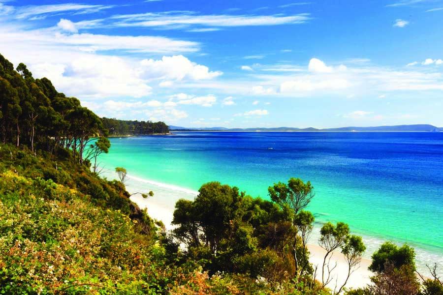 adventure bay on bruny island. image tourism tasmania andrew mcintosh ocean photography