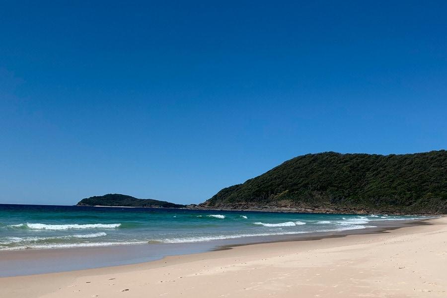 tiona holiday park beach