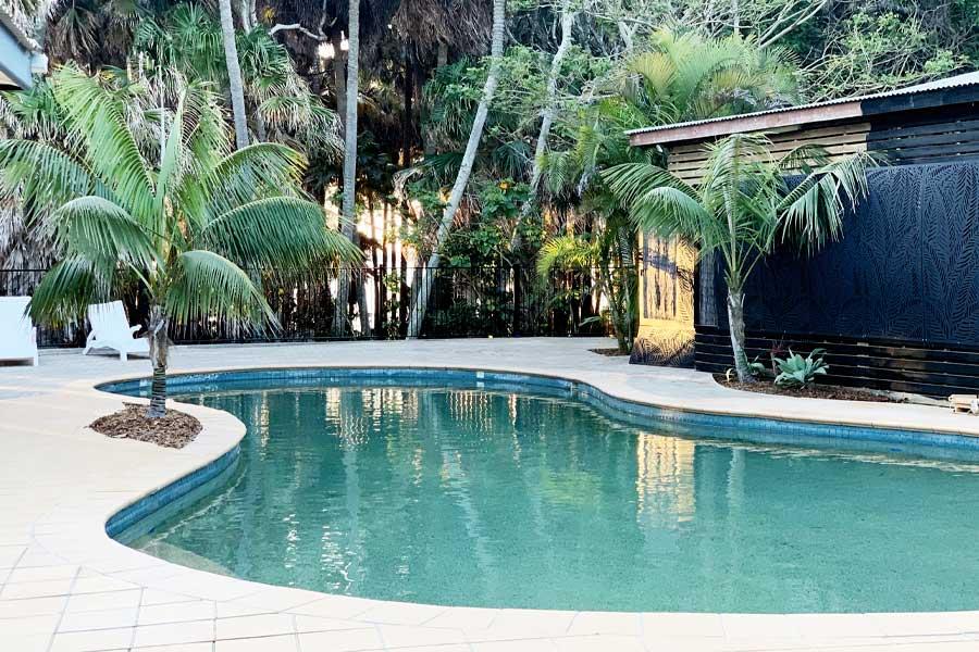 tiona holiday park swimming pool