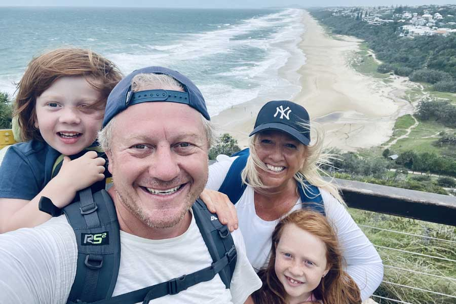 family hike in noosa national park
