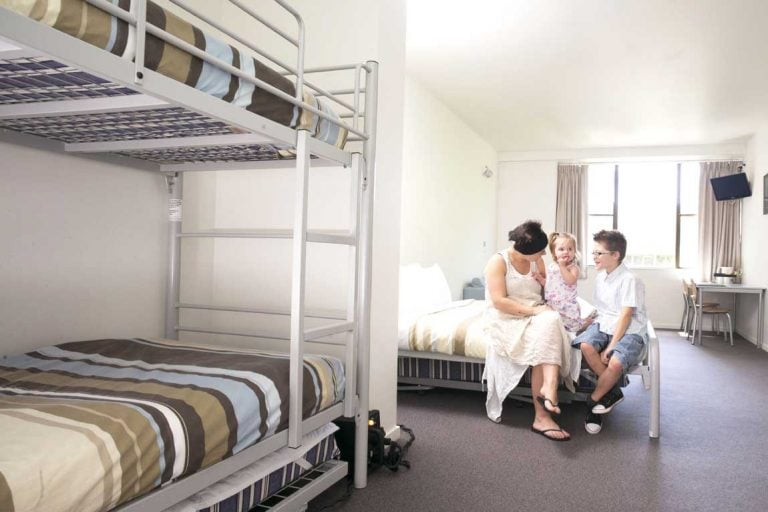 feature a family room at yha canberra city - a family friendly hotel in australia