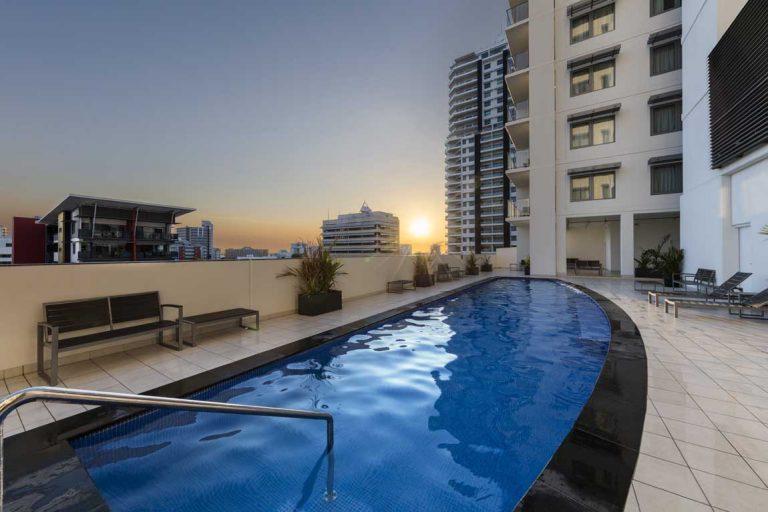 feature the pool at oaks elan darwin hotel