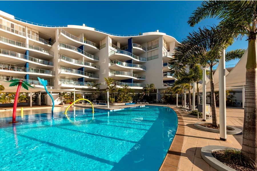 oaks resorts suites hervey bay2