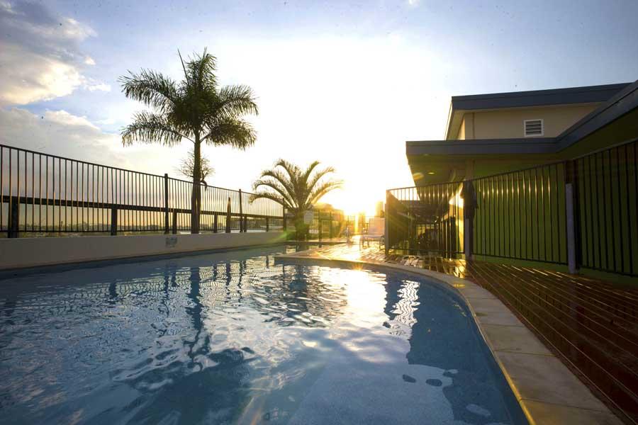 the pool at brisbane city yha - a family friendly hotel in australia