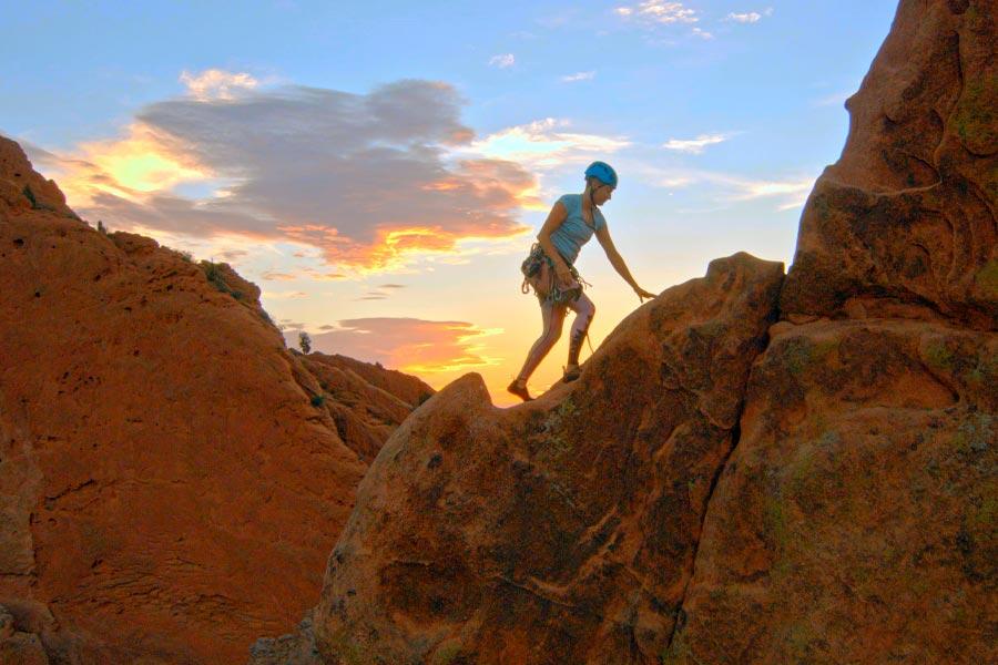 rock climber in garden of the gods park