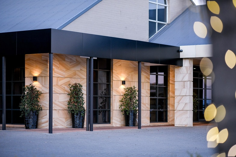 The exterior of Powerhouse Hotel at Tamworth